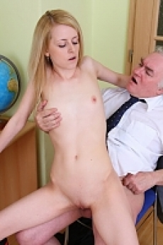 Dumb coeds who doen't learn have to please their teachers right in their offices. Watch Shannon fucking with old man.