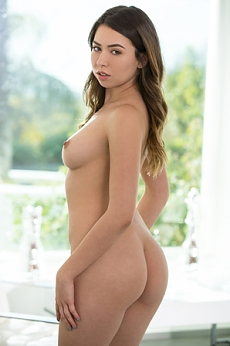 Melissa Moore : Come Fuck With Me